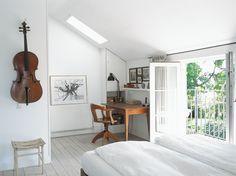 bedroom, workspace