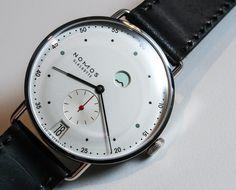 Nomos Metro Watch Hands-On | aBlogtoWatch