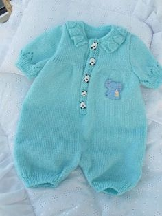 "0e63e66116b9b7dd26e7f450d8ceaae9.jpg 600×800 пикс [   ""baby all in one"" ] #<br/> # #Baby #Overalls,<br/> # #Baby #Layette,<br/> # #Baby #Knits,<br/> # #Romper,<br/> # #All #In #One,<br/> # #Crocheting,<br/> # #Bebe,<br/> # #Knitting,<br/> # #Cute #Babies<br/>"