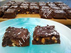 A Prendre Sans Faim: Brownies cacahuètes pépites de Reese's (pas à pas ... http://www.aprendresansfaim.com/2014/09/brownies-cacahuetes-pepites-de-reeses.html
