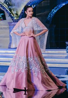 Manish Malhotra Lehenga, Manish Malhotra Collection, Summer Wedding, Indian Outfits, Ball Gowns, Sequins, Crop Tops, Formal Dresses, Sarees