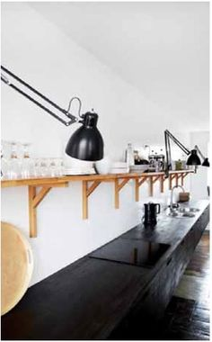 Lighting Solutions: Task Lamps in the Kitchen Kitchen Industrial Design, Modern Kitchen Design, Interior Design Kitchen, Kitchen Designs, Modern Industrial, Interior Decorating, New Kitchen, Kitchen Dining, Kitchen Decor