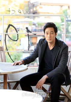 Even tough he already be ahjussi, but he still my favorite So Ji Sub, Asian Actors, Korean Actors, Korean Idols, Dramas, Namgoong Min, Yeon Woo Jin, Asian Fever, Jung Il Woo