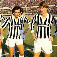 01.12.1985, Stadio Comunale, Torino, Italia. .Serie A, Juventus v Fiorentina. .Michel Platini & Michael Laudrup - Juventus.©JUHA TAMMINEN