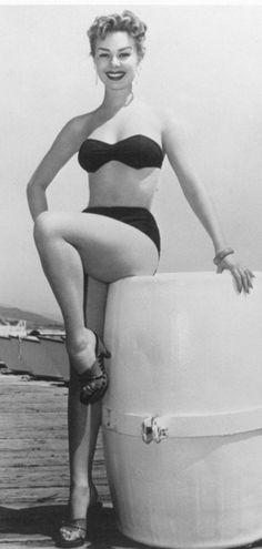 Bikini Ethel Teare nudes (54 photo) Paparazzi, Facebook, bra