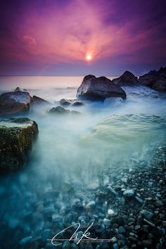 Dusk at seashore in Sesljan(Sistiana). Dusk at the seashore The Water Is Wide, Landscape Photography, Nature Photography, City Landscape, Beautiful Landscapes, Beautiful Scenery, Out Of This World, Dusk, Travel Photos