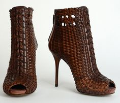 GUCCI 'Woven leather peep toe booty