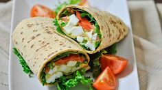 Avocado Egg Salad Wraps - easy, delicious and nutritious lunch for 435 calories a wrap. Wrap Recipes, New Recipes, Cooking Recipes, Healthy Recipes, Healthy Foods, Avocado Recipes, Simple Recipes, Sandwich Recipes, Amazing Recipes