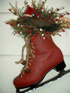 •❈• Primitive Vintage Ice Skate Olde Santa Crow   eBay, inspiration only, so cute!
