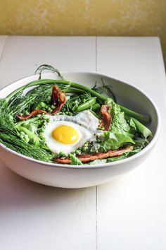 Ingredient of the Week: English Peas // A Salad of Bacon, Peas, and Fennel { Katie at the Kitchen Door}