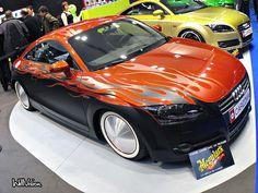 Custom paintjob Audi TT with moon disk!