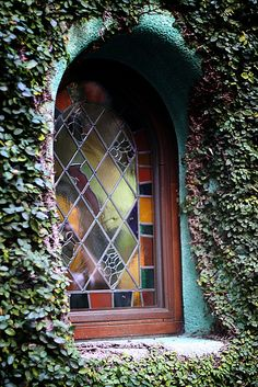Shared by Didier Style. Find images and videos about stained glass and stainedglass on We Heart It - the app to get lost in what you love. Leaded Glass, Glass Door, Stained Glass, Glass Art, Cool Doors, Unique Doors, Portal, Old Windows, Windows And Doors