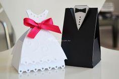 Foto de Big Day Studio - www.bodas.com.mx/invitaciones-de-boda/big-day-studio--e117149/fotos/13 Wedding Cards, Wedding Stuff, Wedding Ideas, Big Day, Wedding Details, Wedding Planner, Wedding Photography, Place Card Holders, Studio