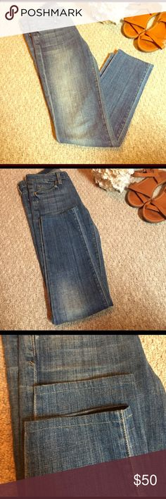 "•Vince• Skinnies Vince Skinny Jeans in great used condition. Light wash, factory distressed. Inseam 27"" Vince Jeans Skinny"