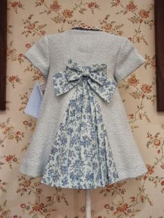 menudets child fashion chanel collection of Dresses Kids Girl, Little Girl Outfits, Little Girl Fashion, Little Girl Dresses, Kids Fashion, Vintage Girls Dresses, Toddler Dress, Toddler Outfits, Baby Dress