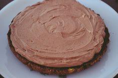 Tort cu ciocolata Nestle Dessert - Rețete Papa Bun Deserts, Pasta, Ethnic Recipes, Postres, Dessert, Plated Desserts, Desserts, Pasta Recipes, Pasta Dishes