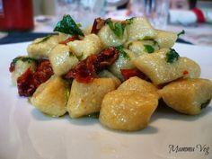 Gnocchetti orzo e tofu alle cime di rapa e pomodori secchi