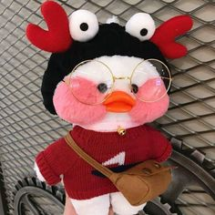 crochet stuffy duck little adorable xmas yellow red white grey black star love luck orange travel holiday crocheting knitting idea inspiration bag cosplay Christmas Raindeer, Cute Ducklings, Kawaii, Baby Icon, Duck Toy, Little Duck, Cute Stuffed Animals, Baby Ducks, Holiday Crochet