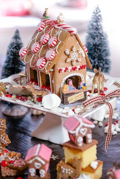 Doing a gingerbread house is not the newest idea of course, but I am doing it every year on christmas with great fun. This year I had the (supposed to be!) glorious idea of baking a complete gingerbread village with many of tiny houses and deers and sweets around, without thinking how much efforts and time-consuming that would be