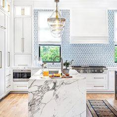 2021 Design Forecast: 16 Top Kitchen Trends Stove Backsplash, Blue Backsplash, Backsplash Ideas, Tile Ideas, Beautiful Kitchen Designs, Beautiful Kitchens, Kitchen Tops, Kitchen Counters, Countertops