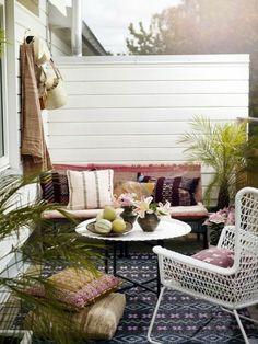 Grillen Auf Dem Balkon Lounge Möbel Aus Rattan | Gartengestaltung ... Grillen Auf Balkon Garten