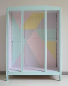DIY | Une armoire vintage métamorphosée... | http://www.decocrush.fr