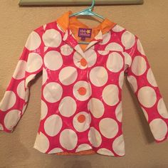 Girls raincoat size 6/6x This is a Pink Platinum brand little girls raincoat size 6/6x.  It is bold pink with white polka dots, used with some mild wear marks.  Made in China. Jackets & Coats