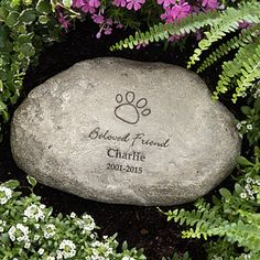 Personalized Pet Memorial Stone - what a beautiful way to remember a lost pet. You can choose from a paw print, dog bone, cat, fish, bunny, hamster, horse or turtle graphic and personalize it with your loving pet's name and memorial dates.