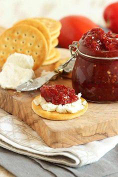 Easy Tomato Jam – The Suburban Soapbox – Goodish Healthy Food Jam Recipes, Canning Recipes, Chutney Recipes, Drink Recipes, Appetizer Dips, Appetizer Recipes, Cooking Nytimes, Homemade Ham, Fresh Tomato Recipes