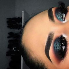 like what you see?✨ follow me for more: @skienotsky ✨ #makeupideaseyeshadows #makeupideasdramatic