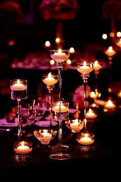 Chic Chicago Wedding Venues - The Trump Hotel. Romantic Room Decoration With Candles Romantic Candles, Beautiful Candles, Romantic Bath, Beautiful Lights, Beautiful Life, Chandelier Bougie, Diy Chandelier, Chicago Wedding Venues, Deco Addict