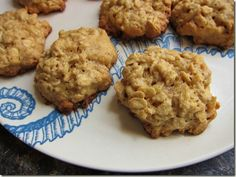 Flourless Oatmeal Peanut Butter Cookies - I made a batch quick & easy this afternoon. The kids and I thought they were yummy.  Tastes like muffin tops so we're going to call them 'Peanut Butter Muffin Top Cookies'. (I used raw honey instead of sugar and threw in some raisins)
