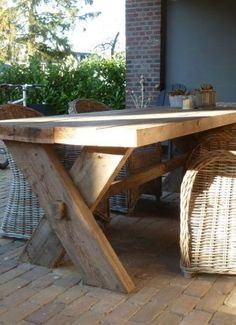 Patio And Outdoor Furniture Ideas And Types – The Homeward View Wooden Table Diy, Wooden Garden Table, Diy Table, Outdoor Tables, Patio Table, Outdoor Dining, Outdoor Decor, Diy Outdoor Furniture, Garden Furniture