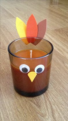 Easy thanksgiving turkey craft - Would make cute place cards too