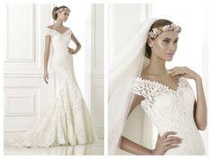 Details pre collection Pronovias 2015 / wedding dress