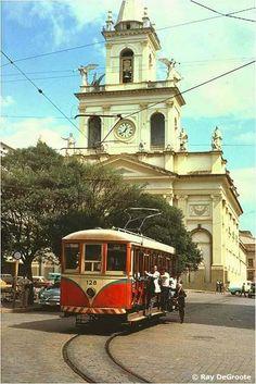 Os bondes de Campinas: 1879-1968 - SkyscraperCity Valencia, Cidades Do Interior, Sao Paulo Brazil, Bonde, City Landscape, Dieselpunk, Beautiful Horses, Locomotive, Old Houses