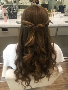 Wedding Guest Hairstyles Thin Up Dos 65 Ideas - Frisuren Hochzeitsgast Wedding Guest Hairstyles Long, Long Hair Wedding Styles, Wedding Hair And Makeup, Bride Hairstyles, Curled Hairstyles, Short Hair Styles, Bridal Hair, Diy Hair For Wedding Guest, Blow Dry Hairstyles