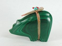 Authentic Native American Bear Fetish Carving of Malachite by Zuni Leland Boone Native American Animals, Native American Artifacts, Native American Jewelry, Native American Indians, Native Americans, Vision Quest, Southwest Art, American Spirit, American Indian Art