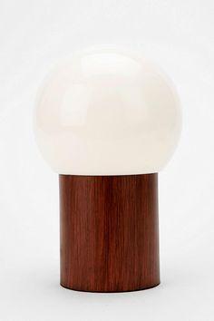 Globe Lamp  #UrbanOutfitters