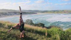 yoga Suisse, Yoga Luzern, Yoga Sursee, yoga umkehrung, yoga kopfstand, Sirsasana pose Vinyasa Yoga, Yoga Sequences, Salt And Water, Poses, Travel, Head Stand, Figure Poses, Viajes, Destinations