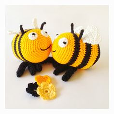 : Pattern for crochet Bumblebee Crochet Bee, Crochet Toys, Knitting Projects, Crochet Projects, Mobiles, Crochet Square Patterns, Toddler Gifts, Crochet Animals, Loom Knitting