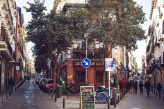 Where Cervantes Once Lived in Madrid, Eclectic Boutiques Abound - NYTimes.com