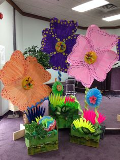 VBS Weird Animals-flowers and flower boxes
