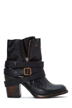Tendance Chaussures Login | HelloSociety