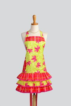 Retro Ruffled Apron  Cute Bright Yellow With Hot by CreativeChics    Love this apron!