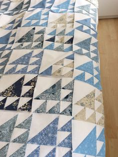 @ForeverMore Country Antiques Jill -- this is not the quilt I had seen before, but it's close.  The small half square triangles are oriented the other way, so that the blue rests against the larger blue HST.  I'm still looking:-)