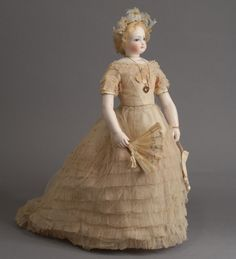 Many lovely dolls to see at this site.   Carmel Doll Shop -Fashion Dolls-