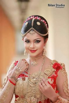 So beautiful. Indian Wedding Couple Photography, Indian Wedding Bride, Hindu Bride, Wedding Girl, South Indian Bride, Bridal Photography, Beautiful Indian Brides, Beautiful Indian Actress, Beautiful Bride