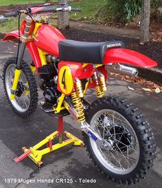 I'll take it if nobody else wants it! Trick Mugen Honda Cr125