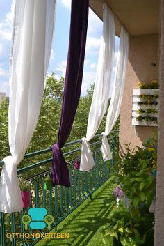 Seien Sie so Balkon wie Andras Boot Andras und Balcon - Kleiner Balkon Ideen Balcony Curtains, Balcony Privacy, Bay Window Curtains, Outdoor Curtains, Small Balcony Decor, Small Balcony Garden, Small Balcony Design, Terrace Garden, Balcony Ideas